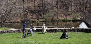 Kids at dam during Easter Egg Hunt 2016. Photo by Cassie Sherman Marks