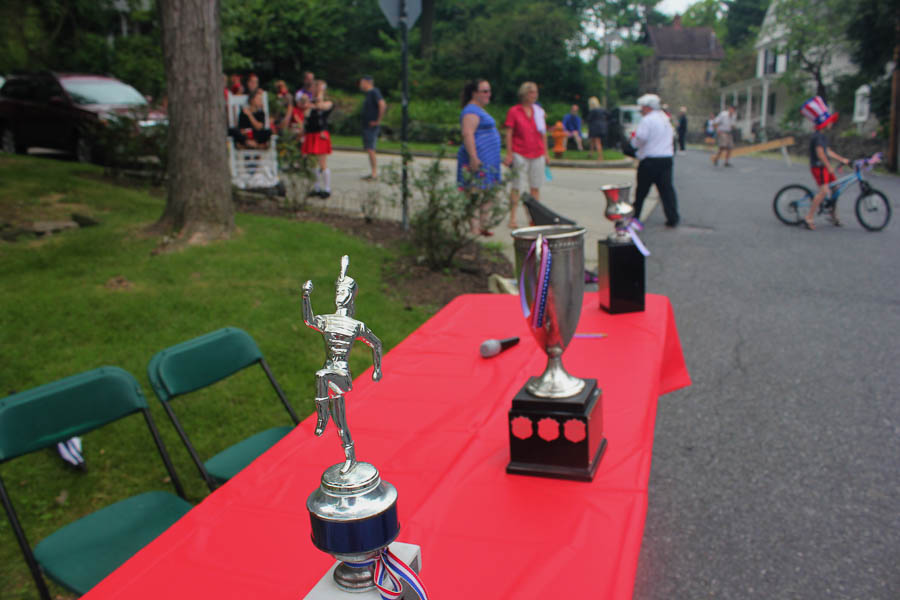 High stakes at the Parade_Trophies_2016- Carlye Brooks